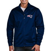 Antigua Men's New England Patriots Quick Snap Logo Navy Golf Jacket
