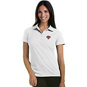 Antigua Women's New York Knicks Xtra-Lite White Pique Performance Polo