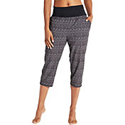 CALIA by Carrie Underwood Women's Anywhere Foldover Waist Printed Capris