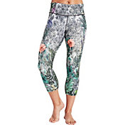 CALIA by Carrie Underwood Women's Limited Edition Fleuria Essential Tight Fit Printed Capris