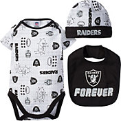 Gerber Infant Oakland Raiders Cap/Bib Onesie Set