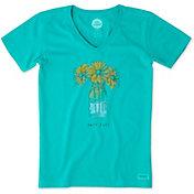 Life is Good Women's Daisy Jar Engraved Crusher Vee T-Shirt