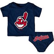 Majestic Infant Cleveland Indians 2-Piece Mini Uniform Set