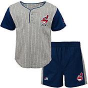 Majestic Toddler Cleveland Indians Batter Up Shorts & Top Set