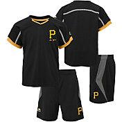 Majestic Boys' Pittsburgh Pirates Cool Base Legacy Shorts & Top Set