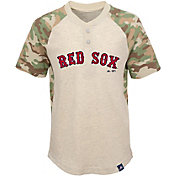 Majestic Youth Boston Red Sox Raglan Camo Base Stealer T-Shirt