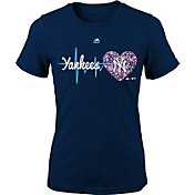 Majestic Youth Girls' New York Yankees Heart Beat Navy T-Shirt