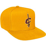 Mitchell & Ness Men's Cleveland Cavaliers Wool Gold Adjustable Snapback Hat