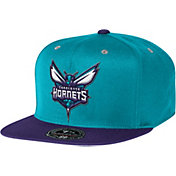 Mitchell & Ness Men's Charlotte Hornets 2-Tone Hi-Crown Fitted Hat