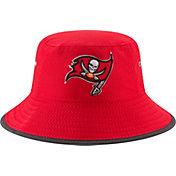 New Era Men's Tampa Bay Buccaneers 2017 Training Camp Red Bucket Hat