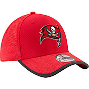 New Era Men's Tampa Bay Buccaneers 2017 Training Camp 39Thirty Red Flex Hat