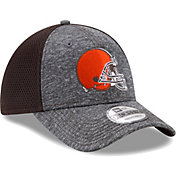 New Era Men's Cleveland Browns Shadow Turn 9Forty Adjustable Hat