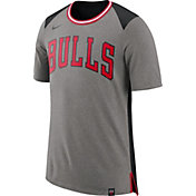 Nike Men's Chicago Bulls Fan T-Shirt