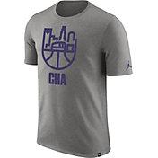 Jordan Men's Charlotte Hornets Dri-FIT Grey Cityscape T-Shirt