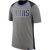 Nike Men's Dallas Mavericks Fan T-Shirt