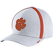Nike Men's Clemson Tigers White AeroBill Football Sideline Coaches Classic99 Hat