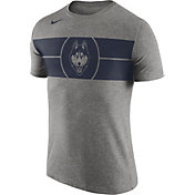Nike Men's UConn Huskies Grey Logo Basketball T-Shirt