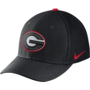 Nike Men's Georgia Bulldogs Black Aerobill Swoosh Flex Classic99 Hat