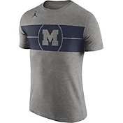 Jordan Men's Michigan Wolverines Grey Logo Basketball T-Shirt