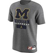 Nike Men's Michigan Wolverines 1997 Retro Grey Football T-Shirt