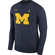 Jordan Men's Michigan Wolverines Blue Therma-FIT Crew Football Sideline Sweatshirt