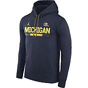 Jordan Men's Michigan Wolverines Blue Football Sideline Pullover Therma-FIT Hoodie