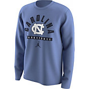 Jordan Men's North Carolina Tar Heels Carolina Blue Basketball Logo Long Sleeve Shirt
