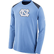 Nike Men's North Carolina Tar Heels Carolina Blue Elite Shooter Long Sleeve Shirt