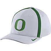 Nike Men's Oregon Ducks White Aerobill Swoosh Flex Classic99 Football Sideline Hat