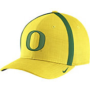 Nike Men's Oregon Ducks Yellow AeroBill Football Sideline Coaches Classic99 Hat