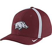 Nike Men's Arkansas Razorbacks Cardinal Aerobill Swoosh Flex Classic99 Football Sideline Hat