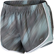 Nike Women's Plus Size Lightstreak Printed Tempo Shorts