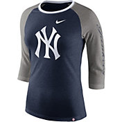 Nike Women's New York Yankees Raglan Tri-Blend Three-Quarter Sleeve Shirt