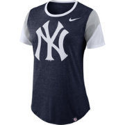Nike Women's New York Yankees Tri-Blend T-Shirt