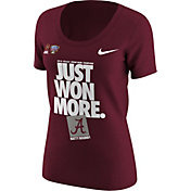 Nike Women's Alabama Crimson Tide 2018 Allstate Sugar Bowl Champions Scoop Neck Locker Room T-Shirt