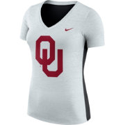 Nike Women's Oklahoma Sooners Heathered Grey Dri-FIT Touch V-Neck T-Shirt
