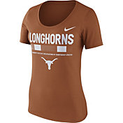 Nike Women's Texas Longhorns Burnt Orange Football Sideline Scoop T-Shirt