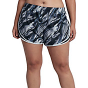 Nike Women's Plus Size Printed Dry Tempo Shorts