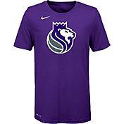 Nike Youth Sacramento Kings Dri-FIT Purple Logo T-Shirt
