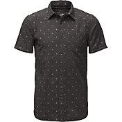 The North Face Men's Bay Trail Jacquard Short Sleeve Shirt