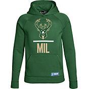Under Armour Youth Milwaukee Bucks Green Lockup Fleece Hoodie