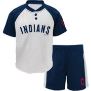 Majestic Toddler Cleveland Indians Good Hit Shorts & Top Set