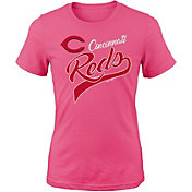 Majestic Youth Girls' Cincinnati Reds Tail Sweep Pink T-Shirt