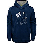 Majestic Youth New York Yankees Battle Pullover Hoodie