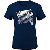 Majestic Youth Girls' New York Yankees 3-Peat T-Shirt