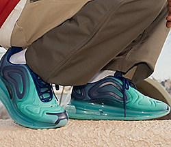 Air Max 720 Walking