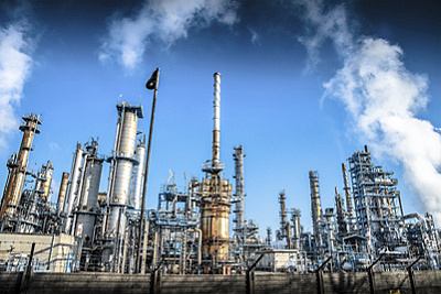 oil gas refinery bottom