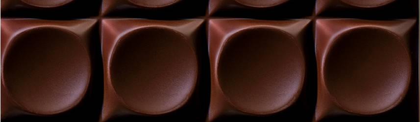 Dark chocolate G by Godiva chocolate bar