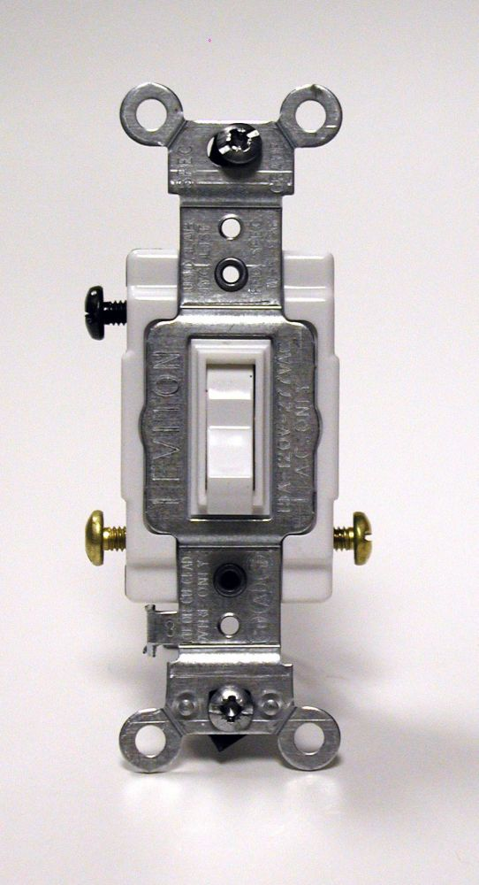 Framed Toggle 3-Way Switch, White 01103-712 Canada Discount