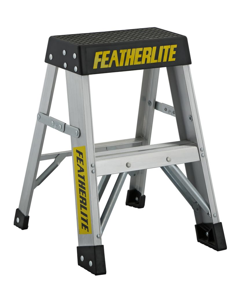 Featherlite Aluminum step ladder 2 Feet  grade IA